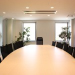 業績が厳しい時、社員への伝え方4案